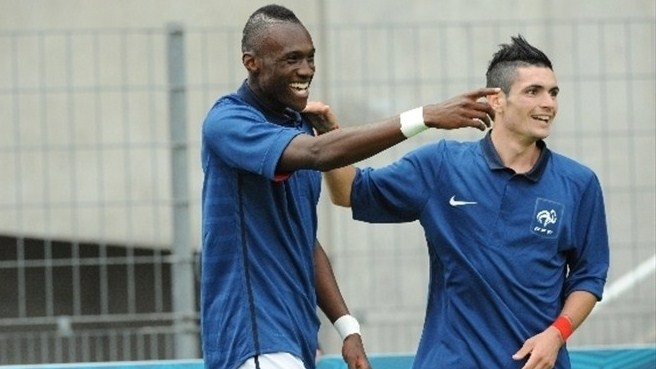Cabella puts France on the road to victory
