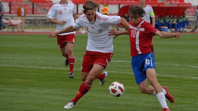 Serbia and Denmark settle for goalless draw