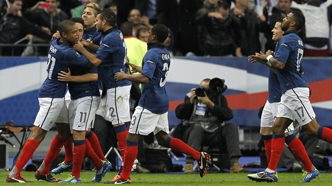 Nasri keeps his cool to send France through