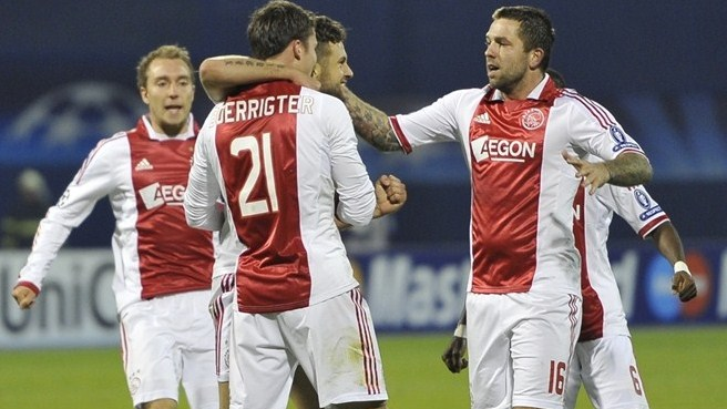 De Boer delighted after Ajax's first win