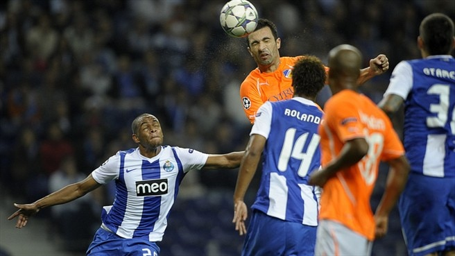 Porto - APOEL reaction