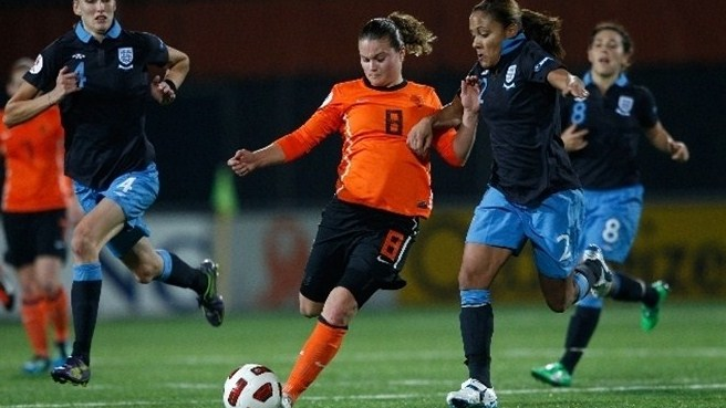 Sherida Spitse (Netherlands) & Alex Scott (England)