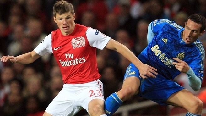 Zenit take Arshavin back to Russia
