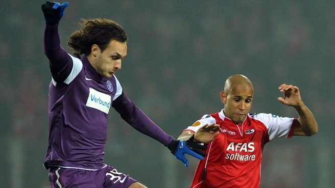 Austria Wien rally to thwart AZ