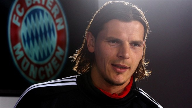 Van Buyten accepts another year at Bayern