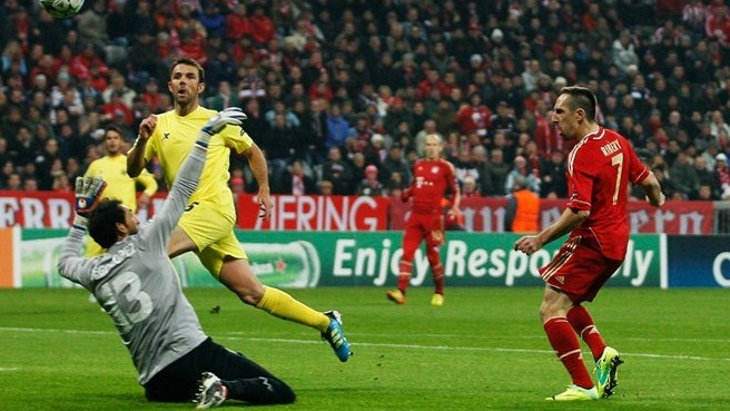 Bayern breeze past Villarreal into knockout stages