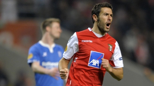 Viana targeting glory after Braga qualification