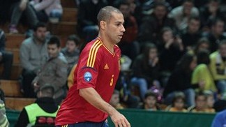 Spain and Italy to meet for final berth