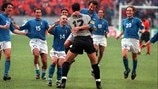 EURO 2000 highlights: Italy triumph on penalties