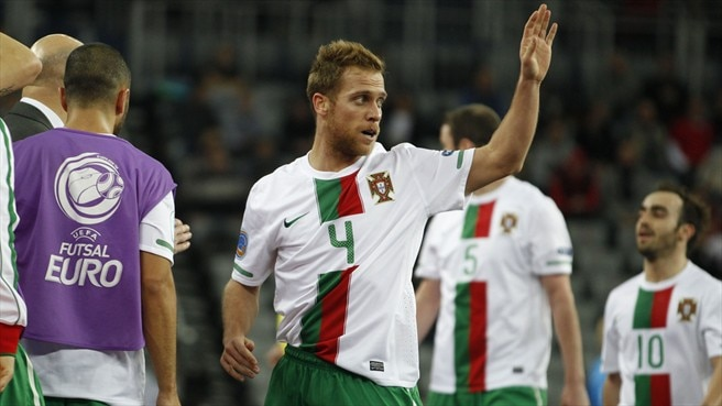 Cary strike leaves Portugal above Serbia