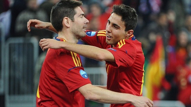 Spain stand firm to beat Italy in semi-final