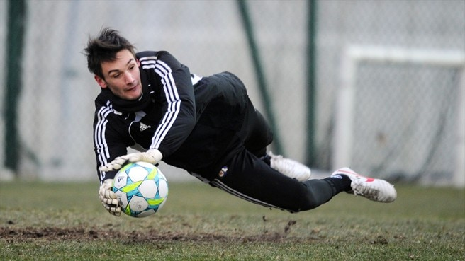 Lyon's Lloris concerned by APOEL threat