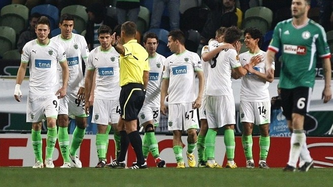 Fernández free-kick edges Sporting past Legia