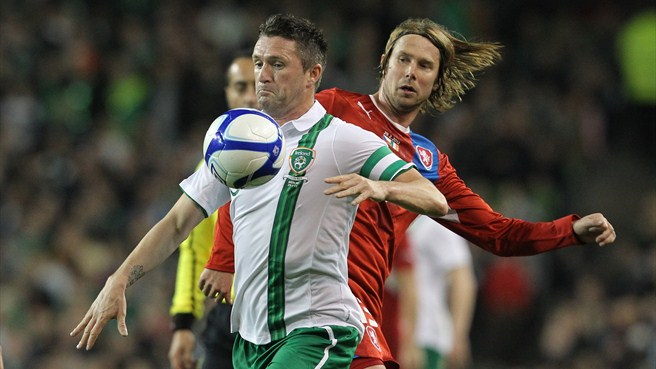 Cox comes good as Ireland hold Czechs