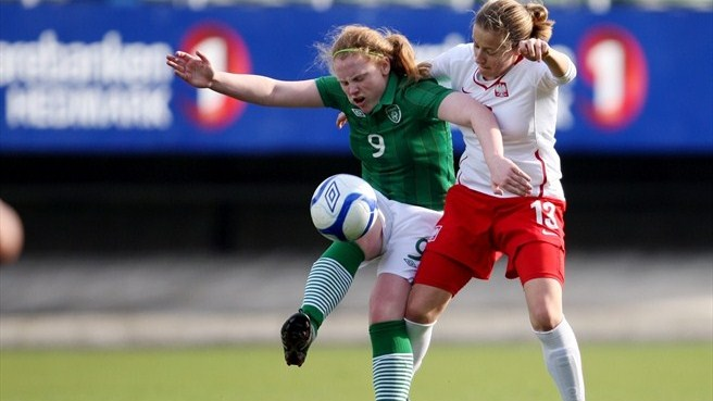Amber Barrett (Republic of Ireland) & Kinga Sołtysiak (Poland)