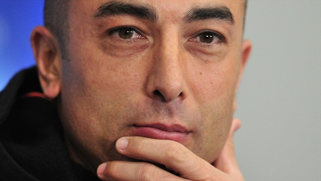 Di Matteo urges defiance as Benfica visit Chelsea