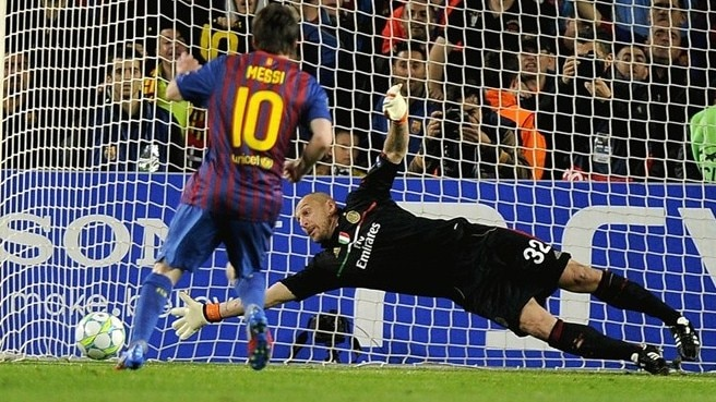 Messi sets UEFA Champions League goal record