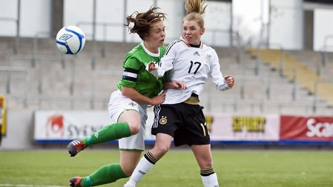 Linda Dallmann (Germany) & Simone Magill (Northern Ireland)