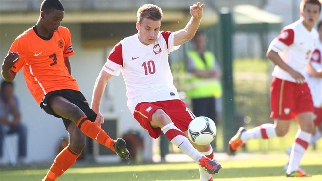 Netherlands and Poland book semi-final berths