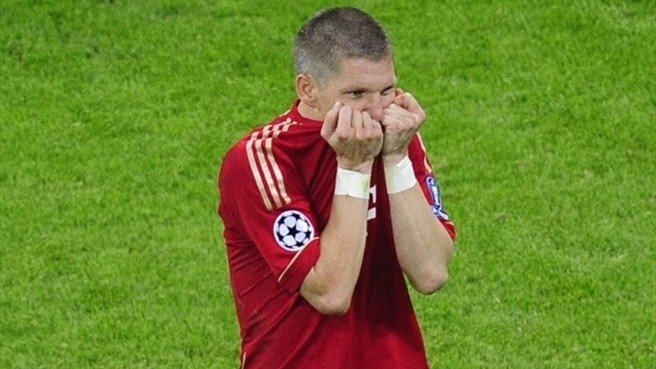 Schweinsteiger fired up by Bayern failure
