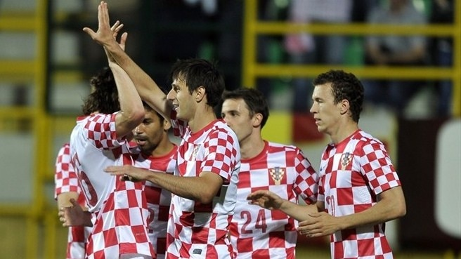 Confident Croatia ease past Estonia