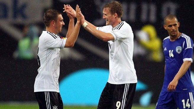 Improved Germany ease past Israel