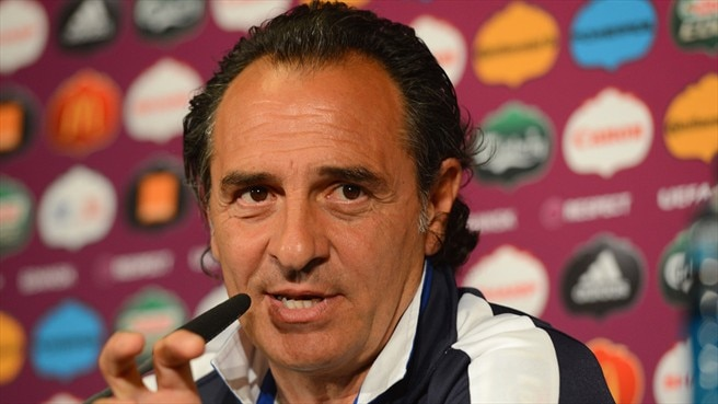 Italy in positive mood for Spain test