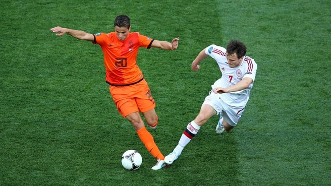 Ibrahim Afellay (Netherlands) & William Kvist (Denmark)