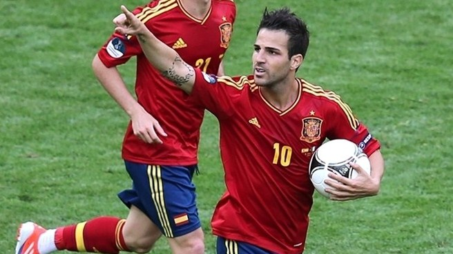 Fàbregas finds beauty in forward role