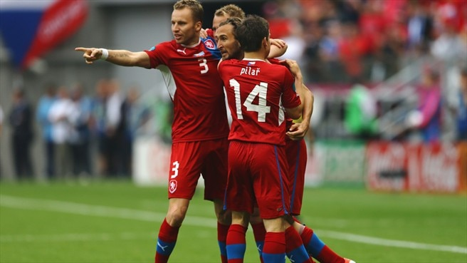 Composed Kadlec stands out in Czech victory