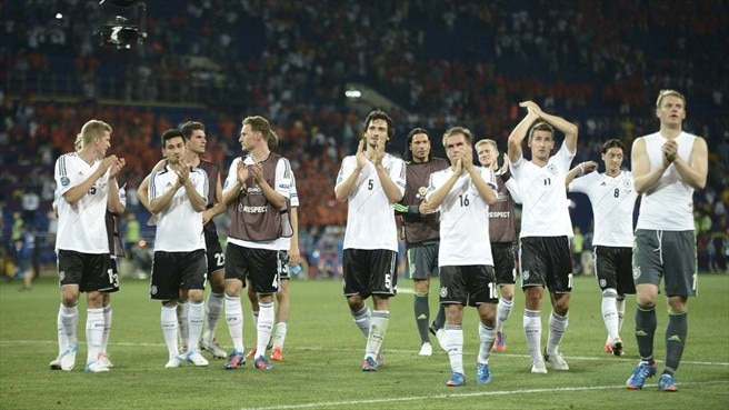 Momentum gathering for triumphant Germany