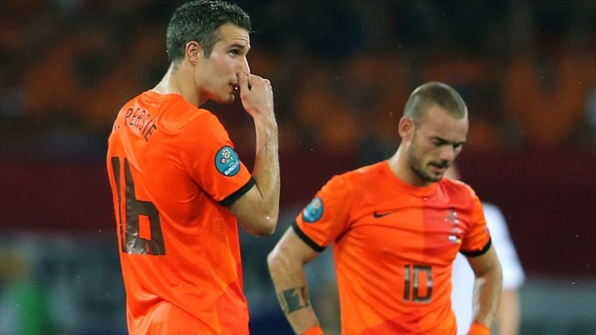 Netherlands too strong for ten-man China