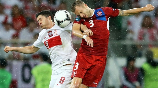 Michal Kadlec (Czech Republic) & Robert Lewandowski (Poland)