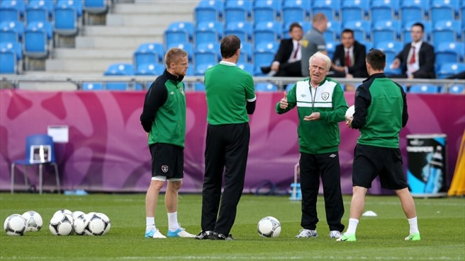 Giovanni Trapattoni & Damien Duff (Republic of Ireland)
