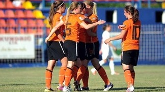 Debutant De Vos helps Dutch defeat Belgium