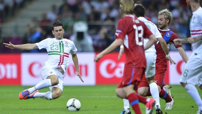 Postiga out of semi-final showdown