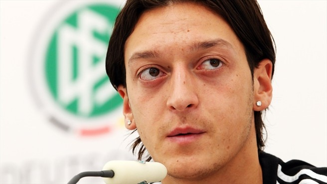 One step at a time as Özil plots glory trail