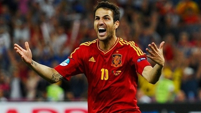Spain survive test of nerve to reach final