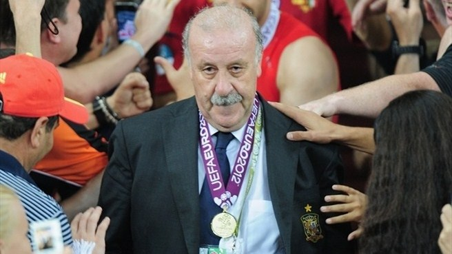 Double-winning Del Bosque matches Schön feat