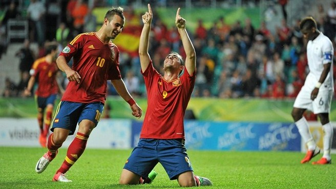 Spain finally see off France in semi-final shoot-out