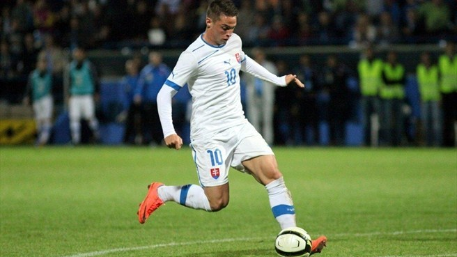 Slovakia sew up second place with big win