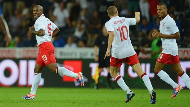 Defoe clinches victory for England against Italy