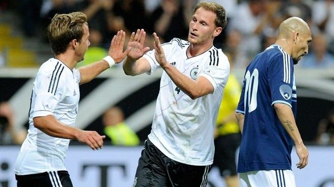 Argentina record convincing win in Germany