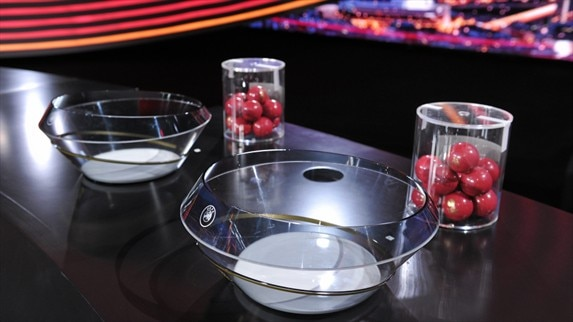 Stage set for rounds of 32 and 16 draws