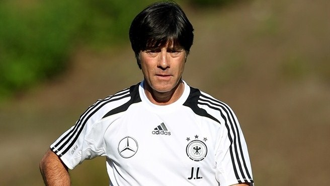 Germany to change ways in search of silverware