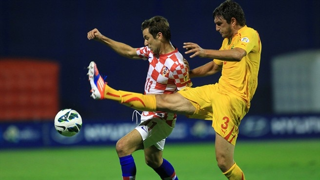 Jelavić heads Croatia to victory against FYROM