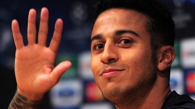 Barcelona lose Thiago to knee injury