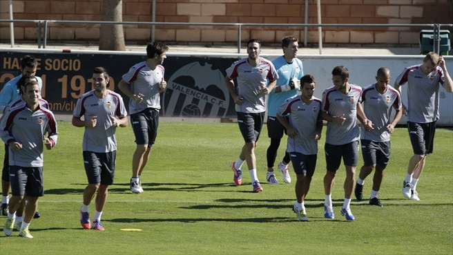 Valencia dig deep for LOSC encounter