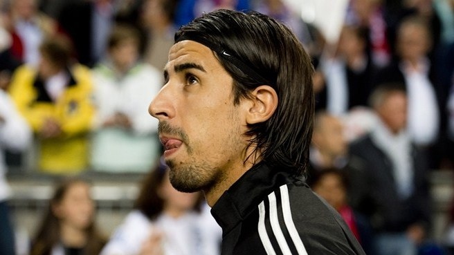 Khedira content to stay out of spotlight
