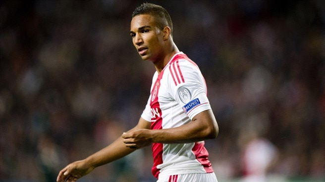 Locadia out, Hoesen in for Netherlands
